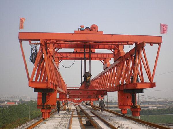 双梁式架桥机