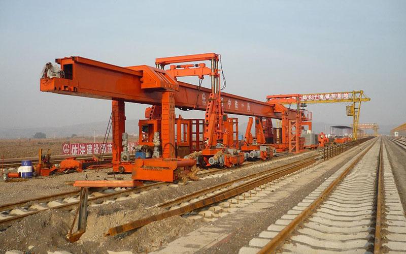 SGTJ170公铁二用架桥机